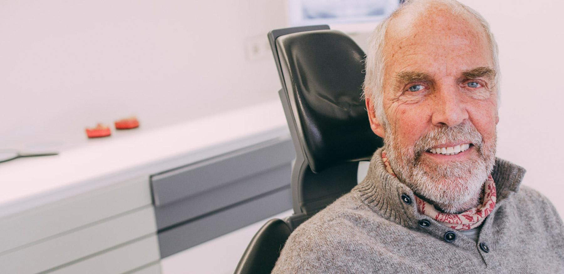 Implantologie Frankfurt-Sachsenhausen bietet viele Möglichkeiten für Zahnersatz